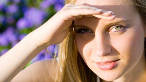 Fotofobia (sensibilidade à luz): sintomas, tratamento e mais