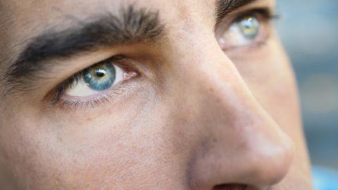 Como funciona a lente de contato descartável?