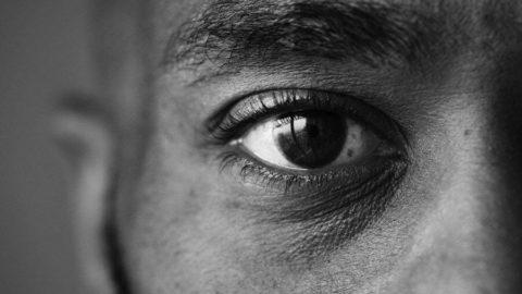 O que pode agravar o glaucoma?