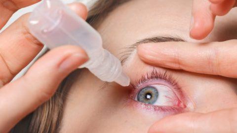 Tratamento de glaucoma com colírios: conheça os principais tipos e como usá-los